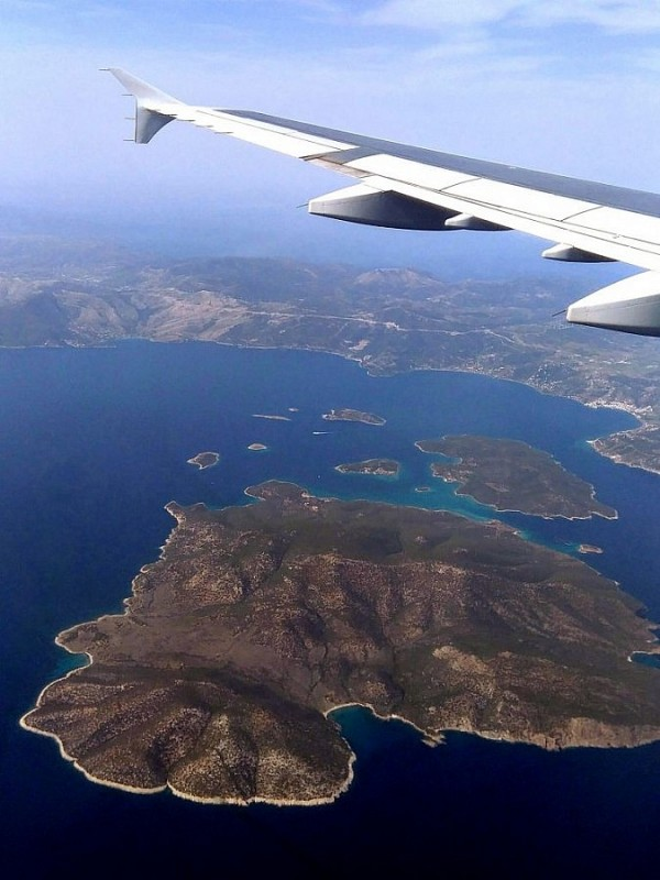 arriving to Athens - Egina island