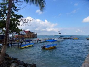 Roatan, Honduras - Global Storybook