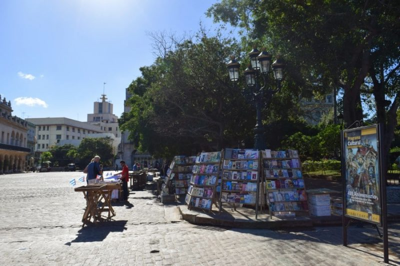 Plaza de Armas, Cuba, Havana - Global Storybook