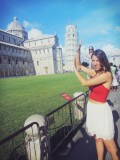 'That Pose' in Pisa
