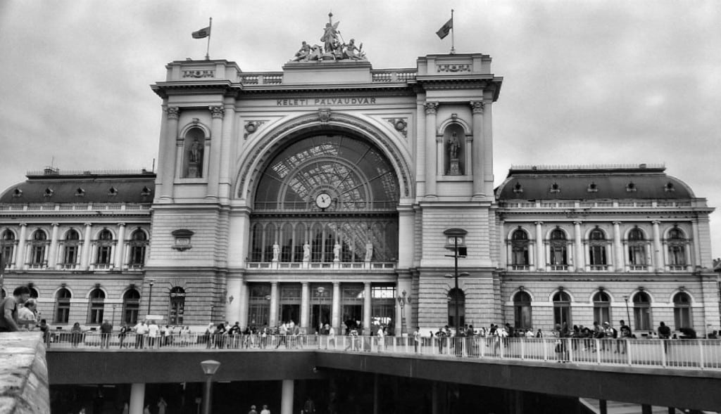 Keleti Railway Station - Global Storybook