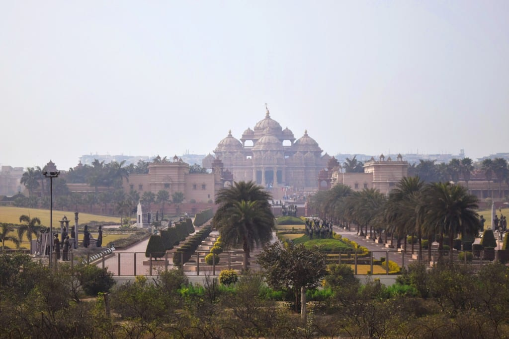 Akshardham Temple, Delhi, India - Global Storybook