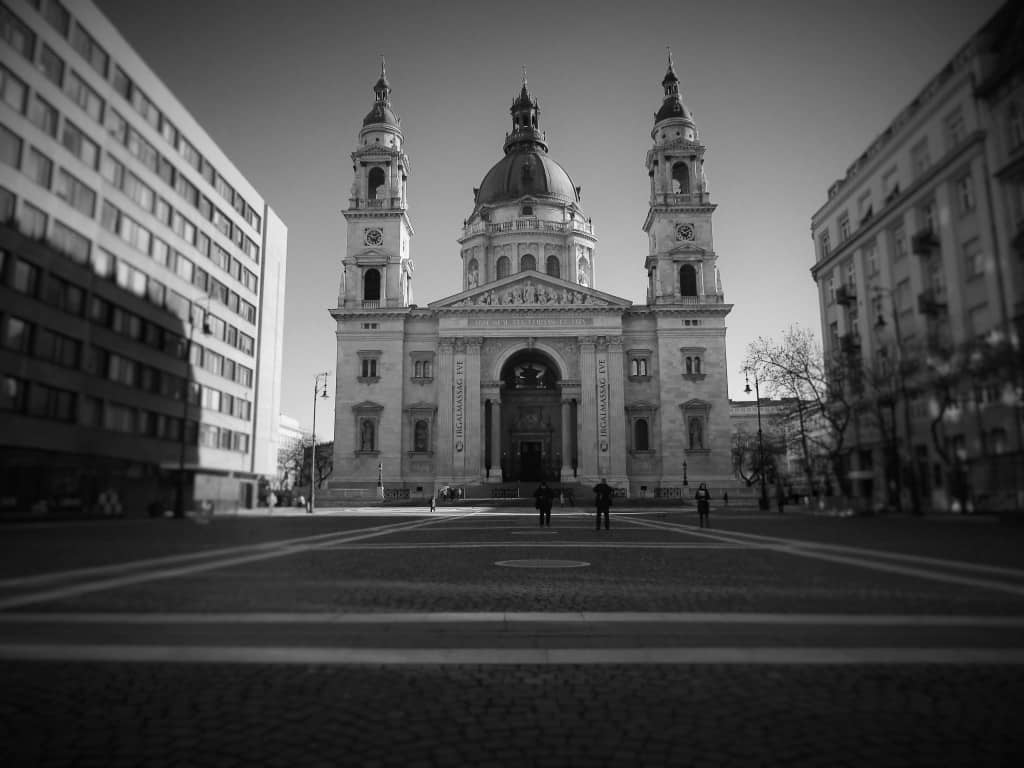St. Stephens Basilica - Global Storybook
