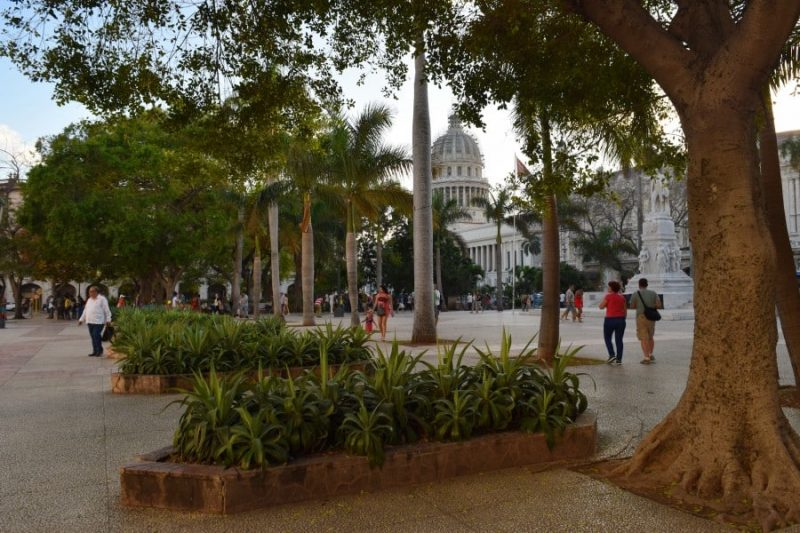Parque Central, Cuba, Havana - Global Storybook