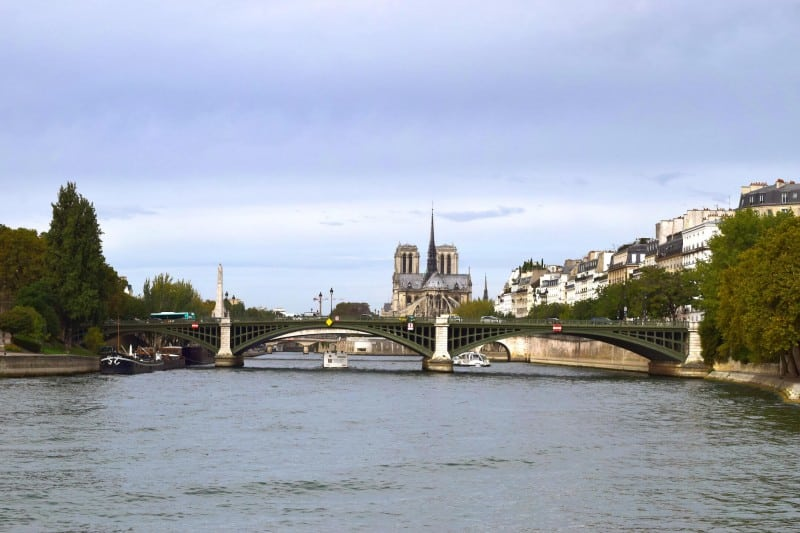 Ile Saint Louis, Paris - Global Storybook