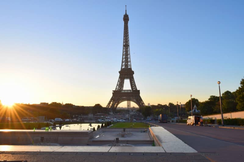 Eiffel Tower, Paris - Global Storybook