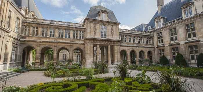 Museum Carnavalet, Paris - Global Storybook
