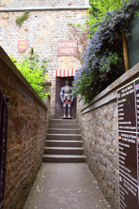 How To Visit Mont Saint-Michel From Paris (On a Budget)