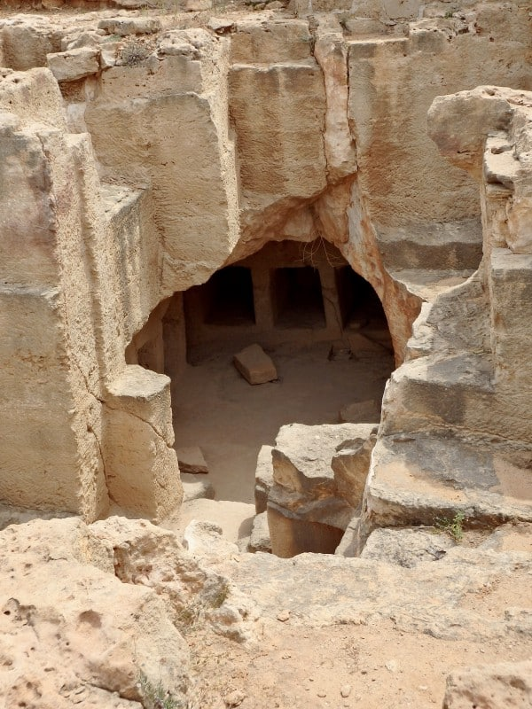 tombs of the kings
