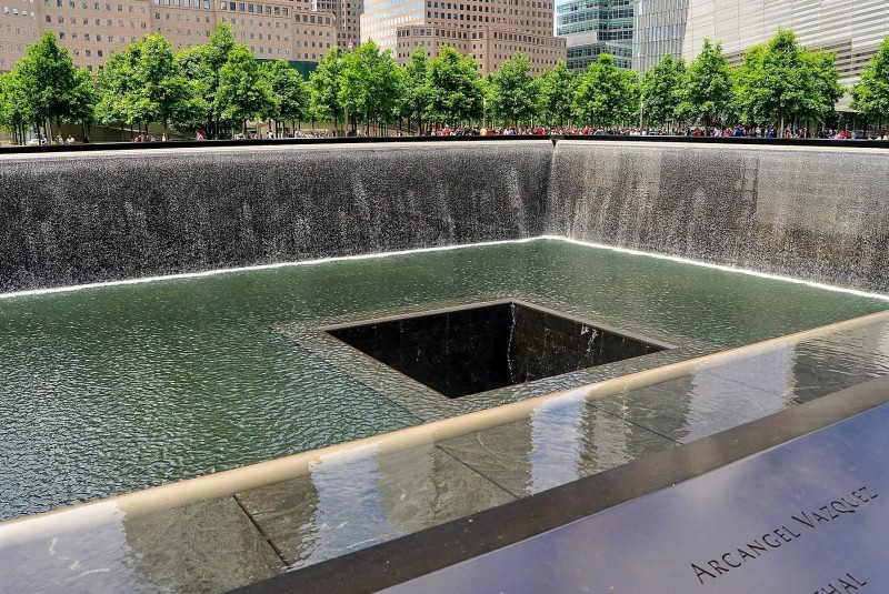 Ground Zero, 9/11 Memorial, New York City - Global Storybook