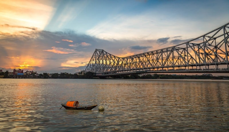 Howrah Bridge, Kolkata, India - Global Storybook
