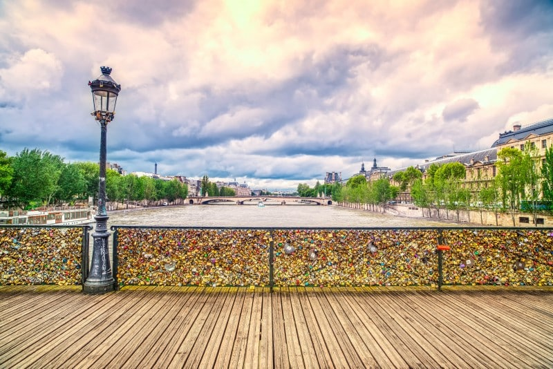 Pont des Arts, Paris - Global Storybook