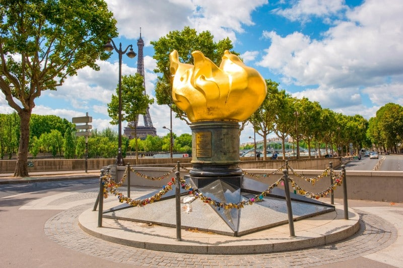 Flame of Liberty, Paris - Global Storybook
