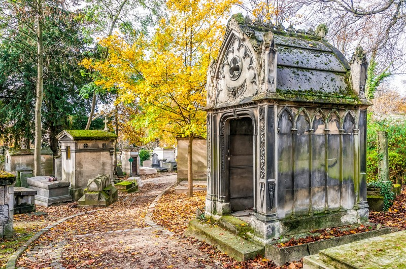 Père-Lachaise cemetery, Paris - Global Storybook