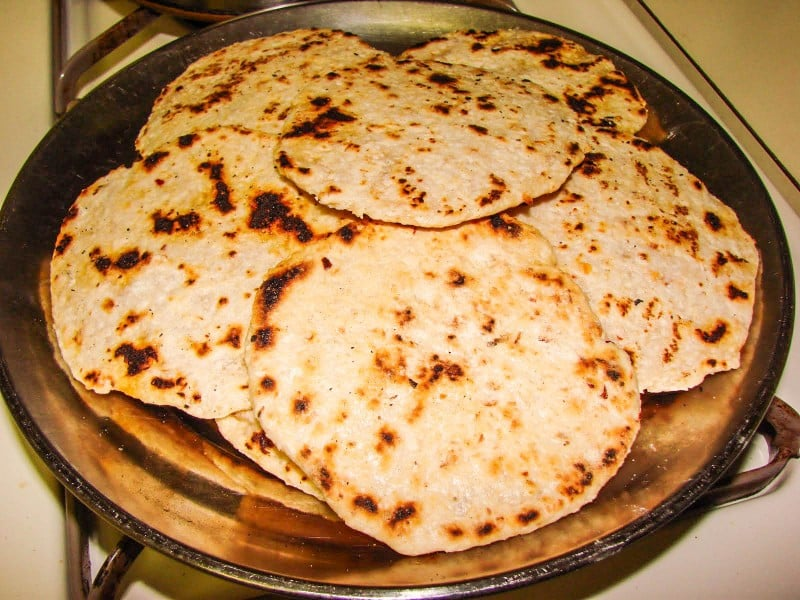 Sri Lankan Pol Roti – A Traditional Food Recipe - Global Storybook