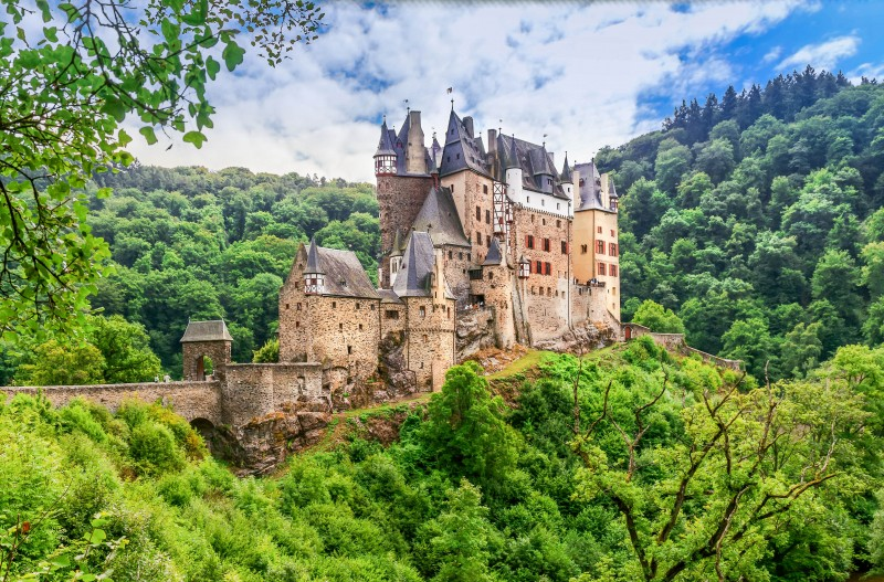 Castle Eltz, Germany - Global Storybook