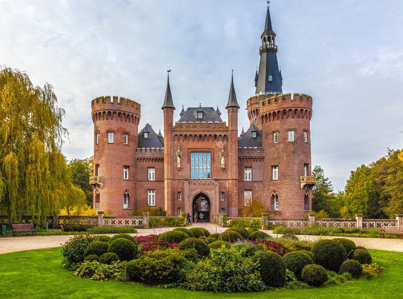 Castle Moyland, Germany - Global Storybook