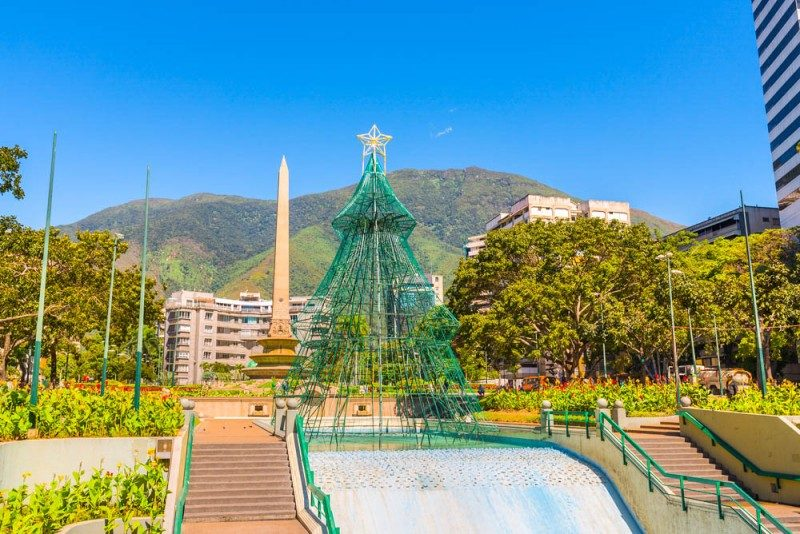 Christmas tree in Caracas, Venezuela - Global Storybook