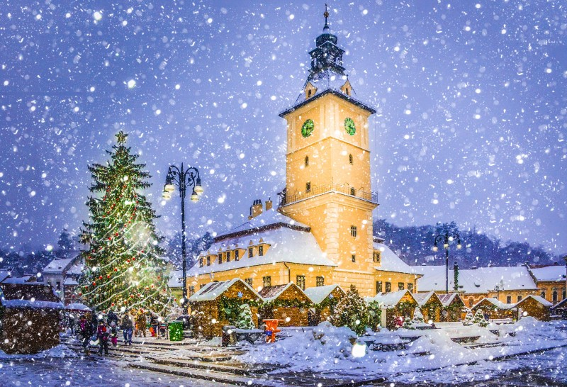 Brasov, Romania - Romanian Christmas Traditions - Global Storybook