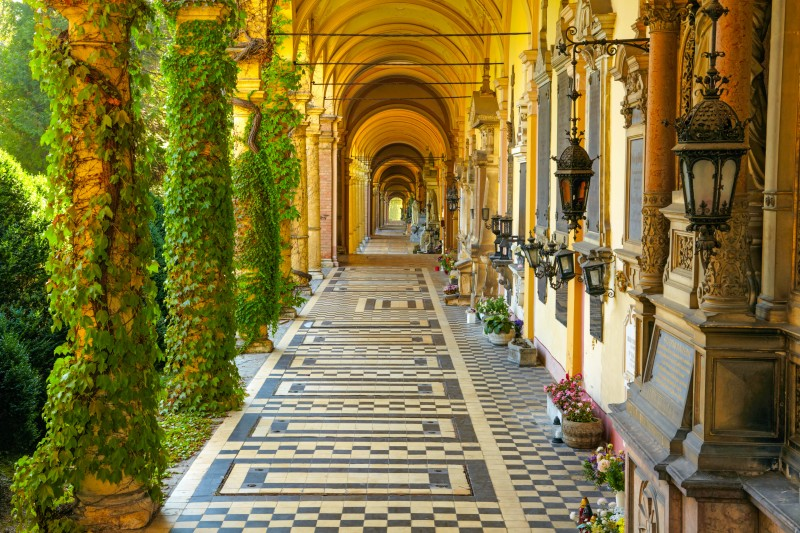 Mirogoj Cemetery, Zagreb, Croatia - Global Storybook