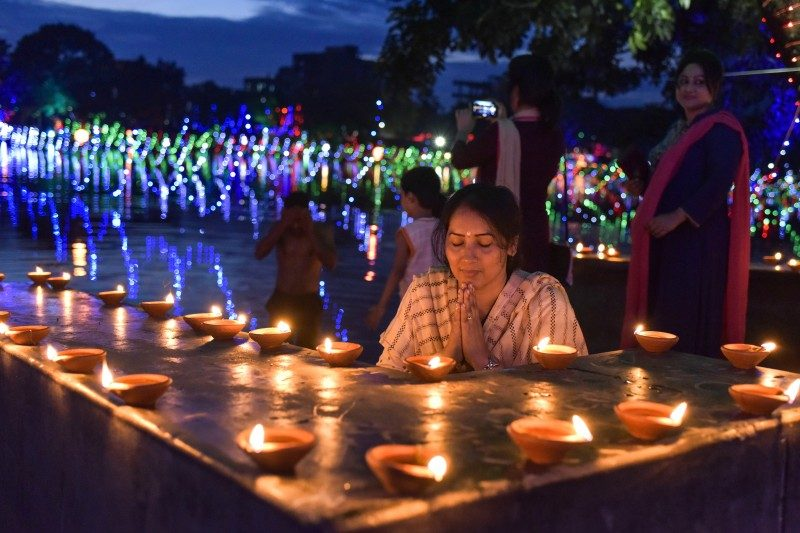 Diwali festival or the 'festival of lights', Bangladesh - Global Storybook