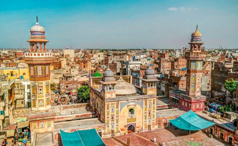 Panorama of Wazir Khan Mosque, Lahore, Pakistan - Global Storybook