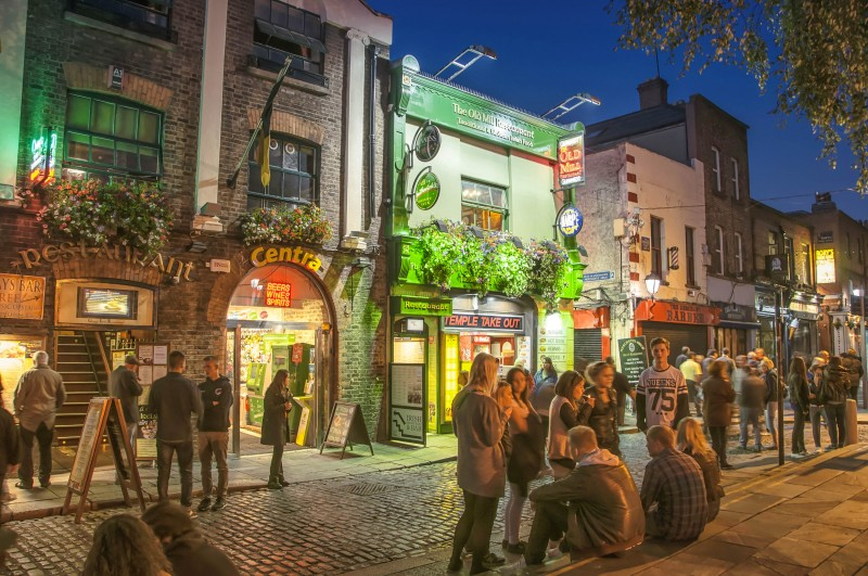 Temple Bar, Dublin, Ireland - Global Storybook