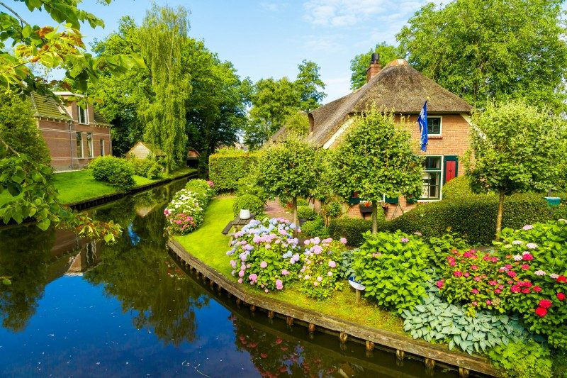 Giethoorn, Netherlands - Global Storybook